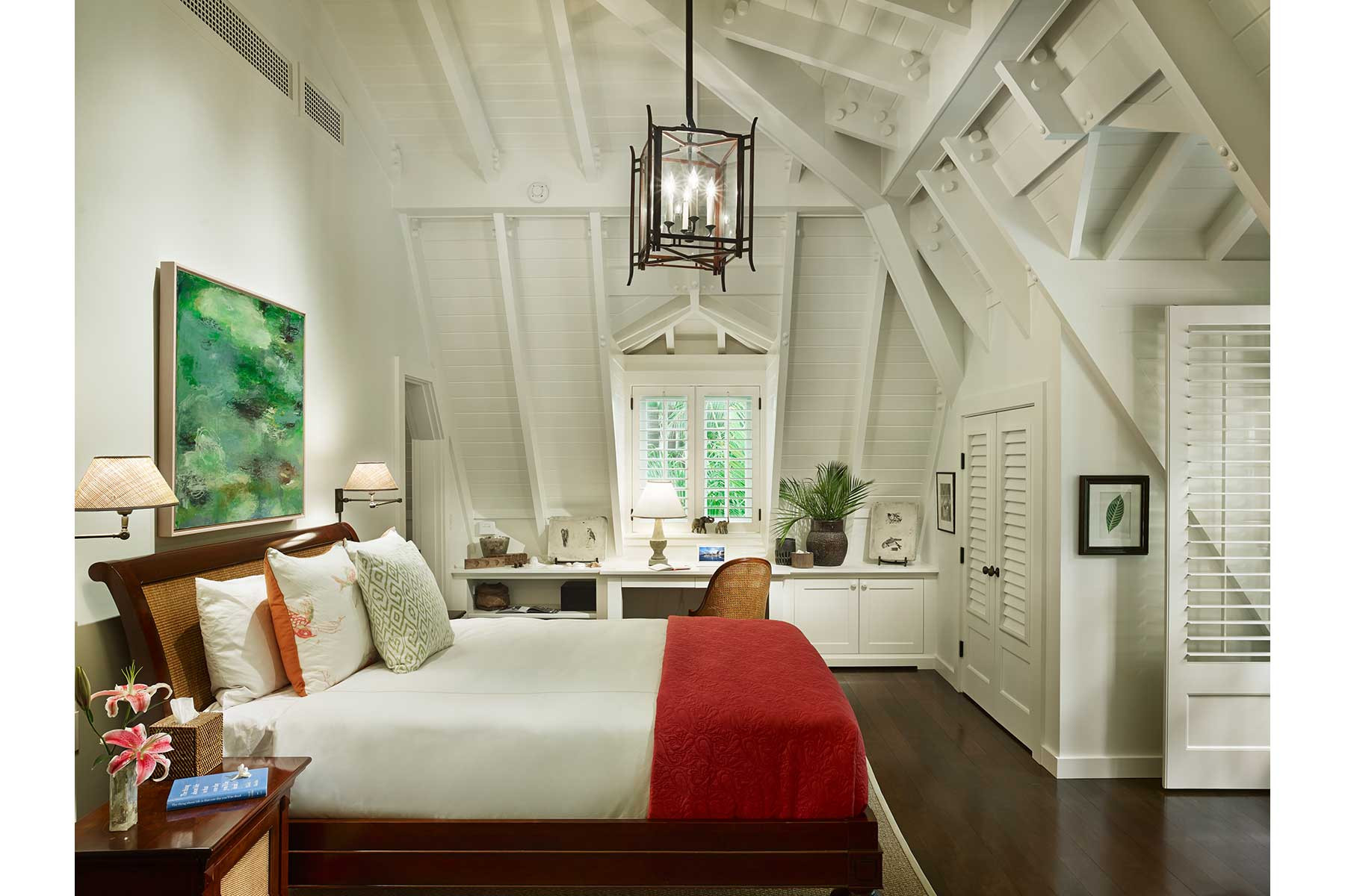 05-ch-bedroom