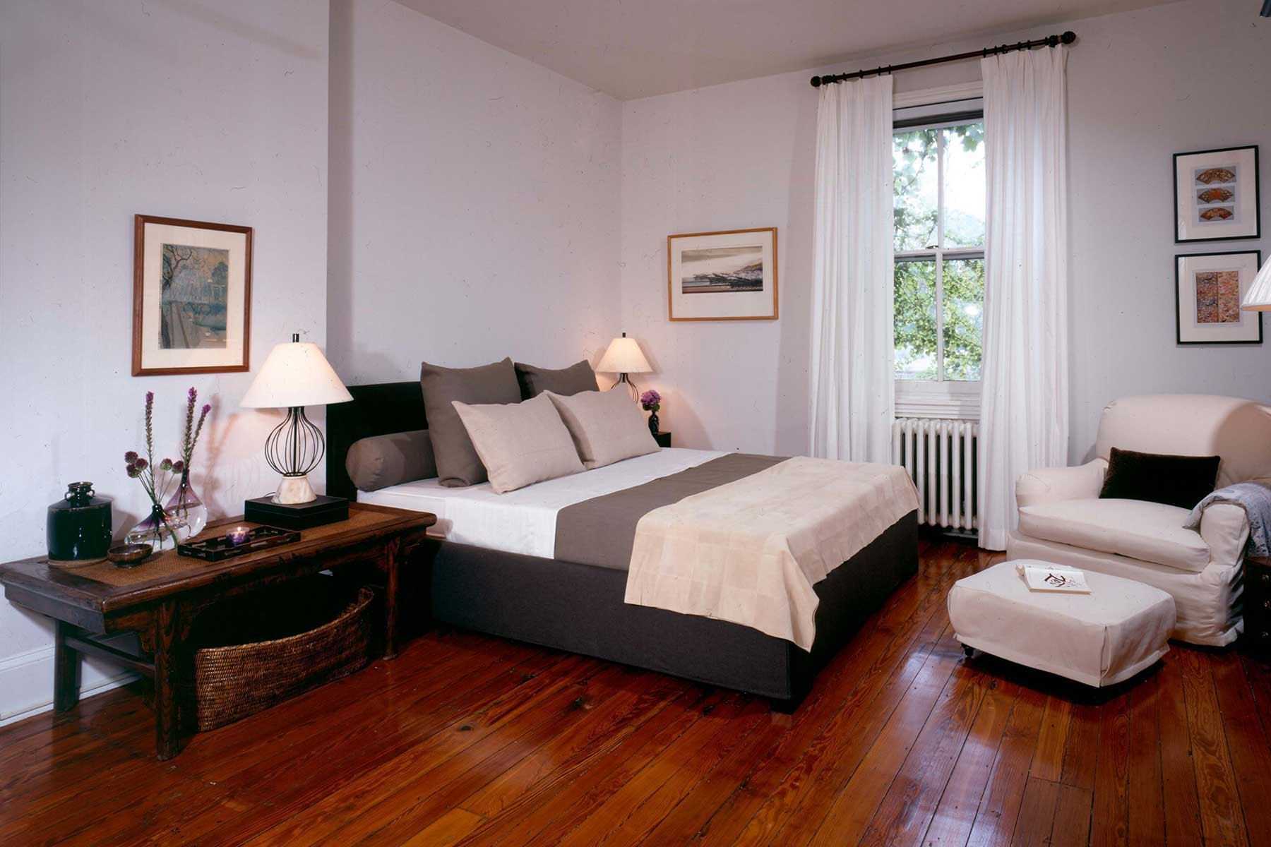 06-guest-bed