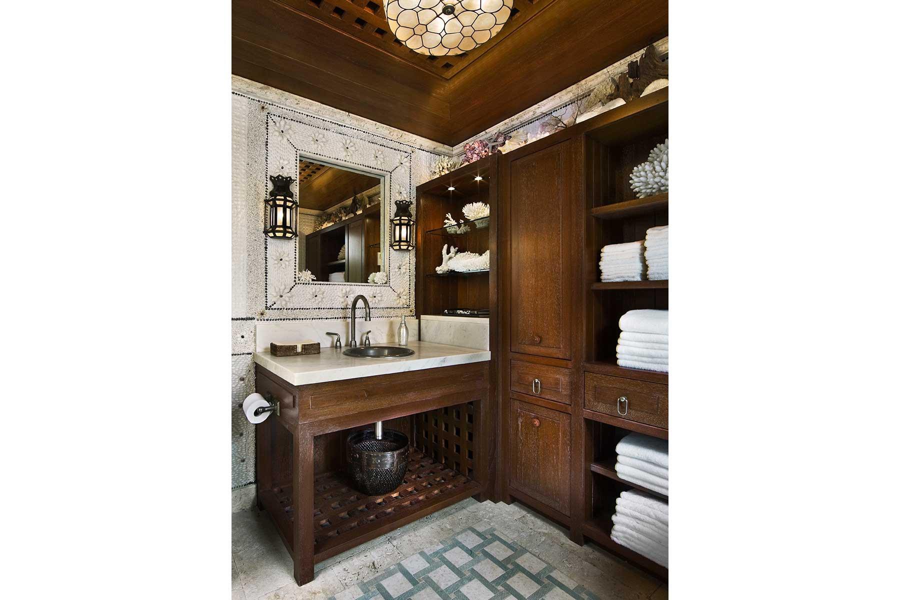 09-ph-bathroom