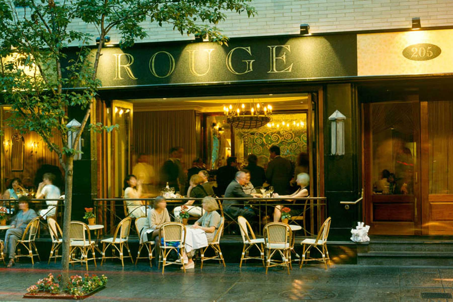 1-Outdoor-Dining