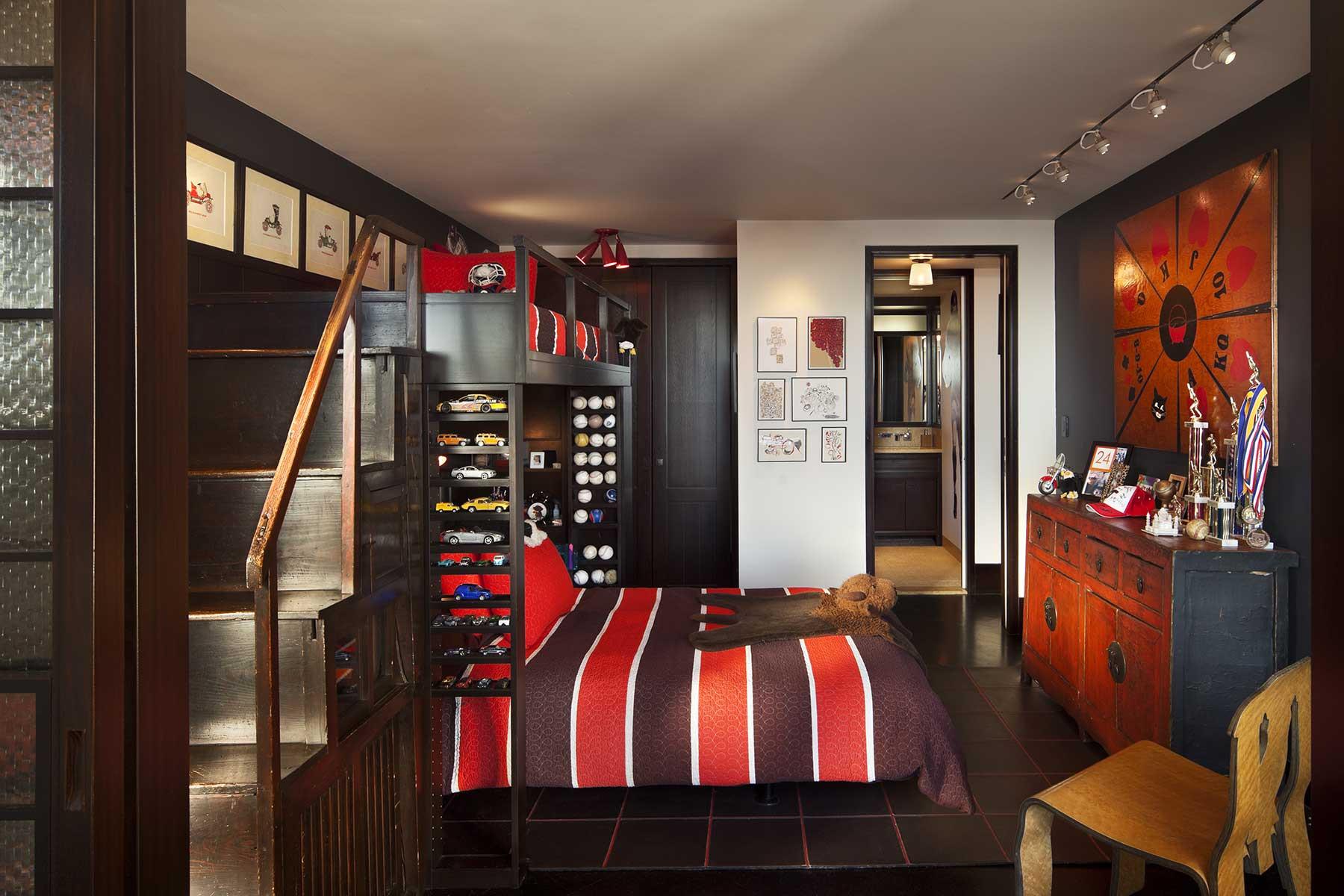 13-boy-bed