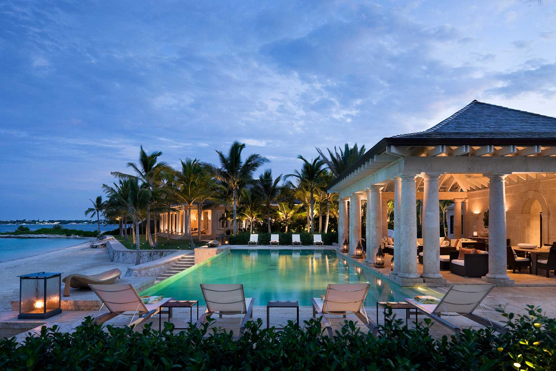 Pool house marguerite rodgers interior design for American classic guest house nye beach