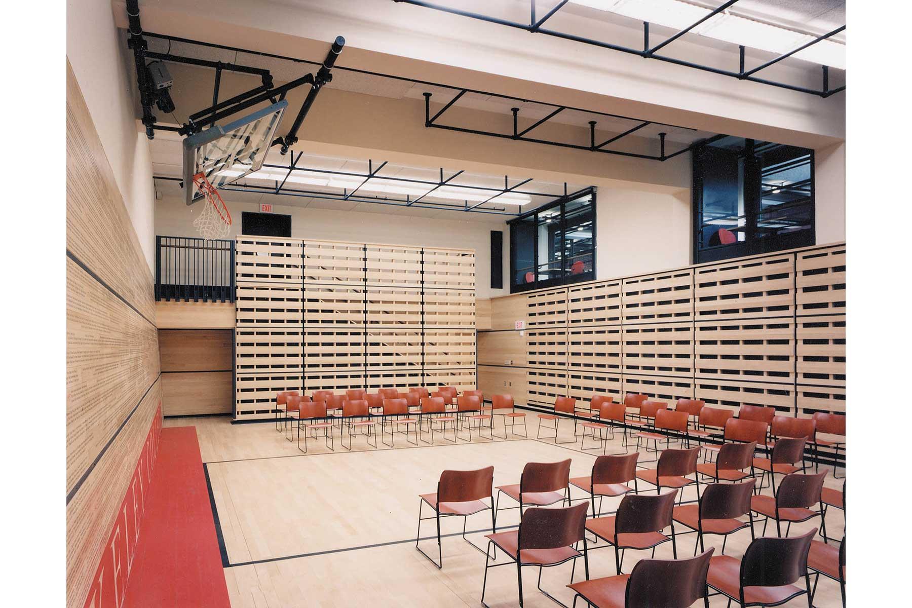 3-Gymnasium