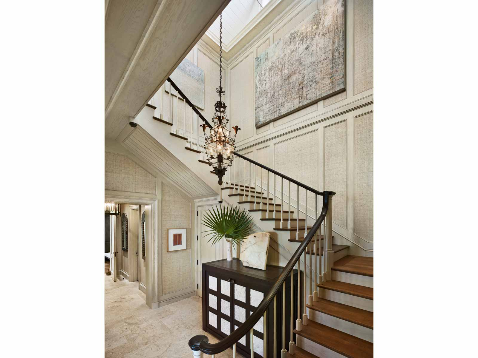 10-Stair-Hall